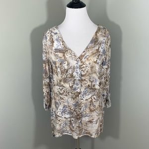 BKE Boutique blouse with buttons size small